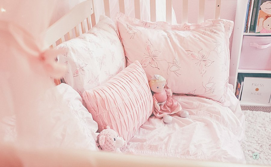 Image showing bedding on princess bed