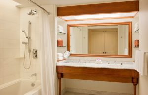 GHK shower tub combo