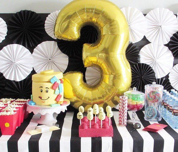 An Ultra-Chic LEGO Party That Doesn't Break the Bank