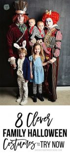 8 Clever Family Halloween Costumes You\'ll Want to Try This Year