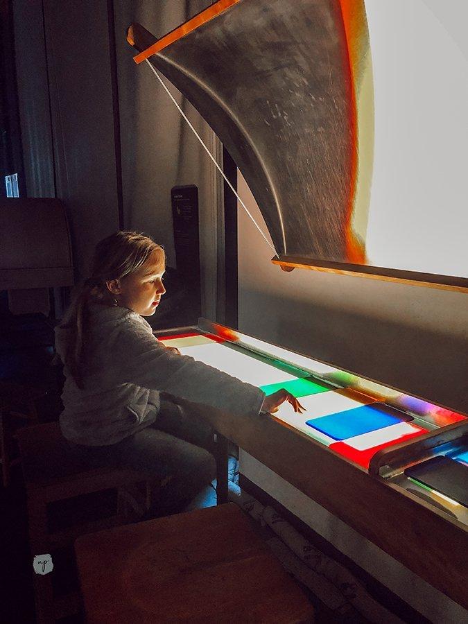 exploratorium color science
